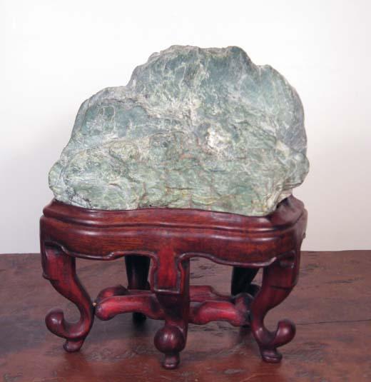 H12 Laoshan Green Stone 16x14x8 cm