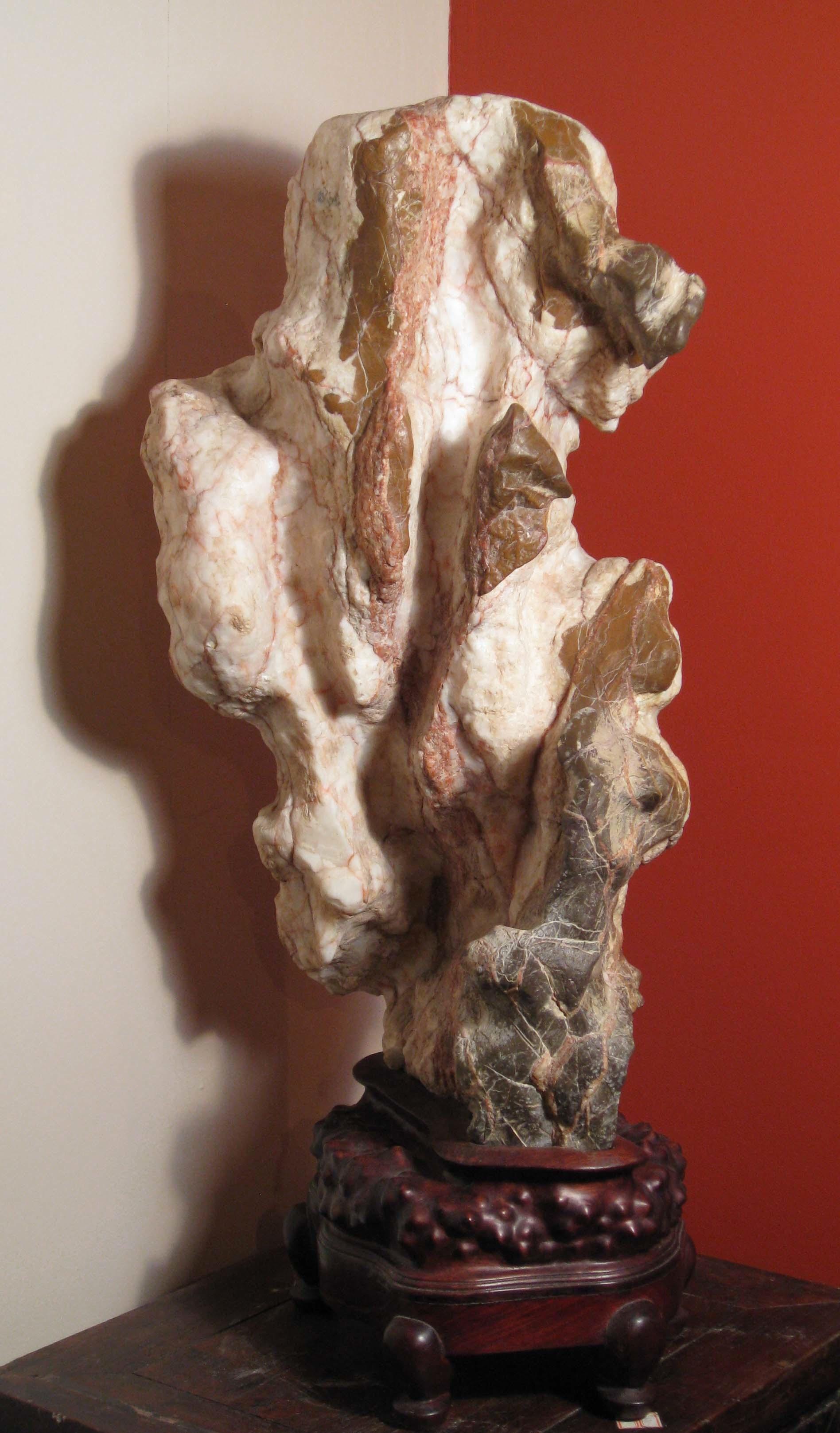 M04 White Lingbi Stone 70x28x21 cm