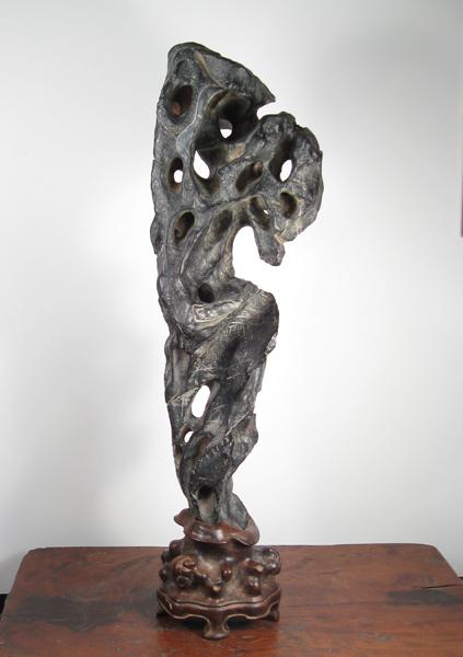 S01 Linglong Lingbi Stone 47x14x9 cm