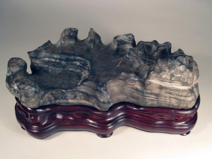 S02 Three Gorges Stone 10x25x15 cm
